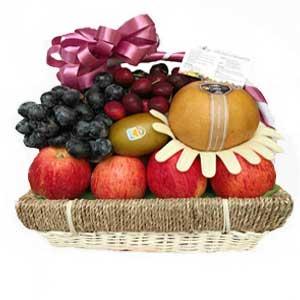 Fruit-baskets-vietnam
